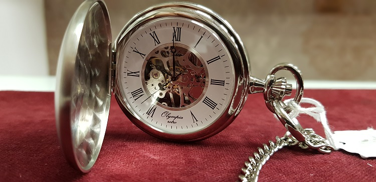 Mechanickй vreckovй hodinky str. rim